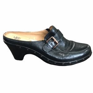 Sofft Black Leather heeled Mules with Studs and Buckles  8.5